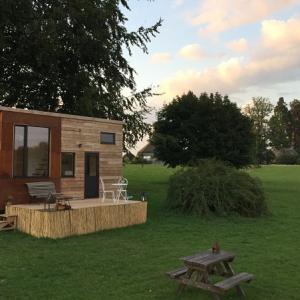 parc st symphorien tiny house