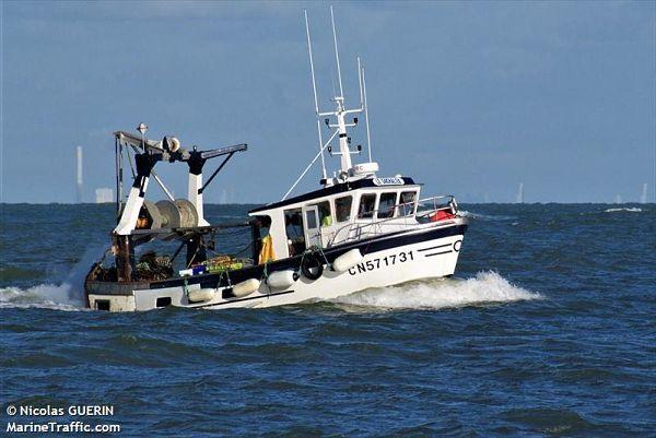 bateau sachaleo port guillaume dives sur mer